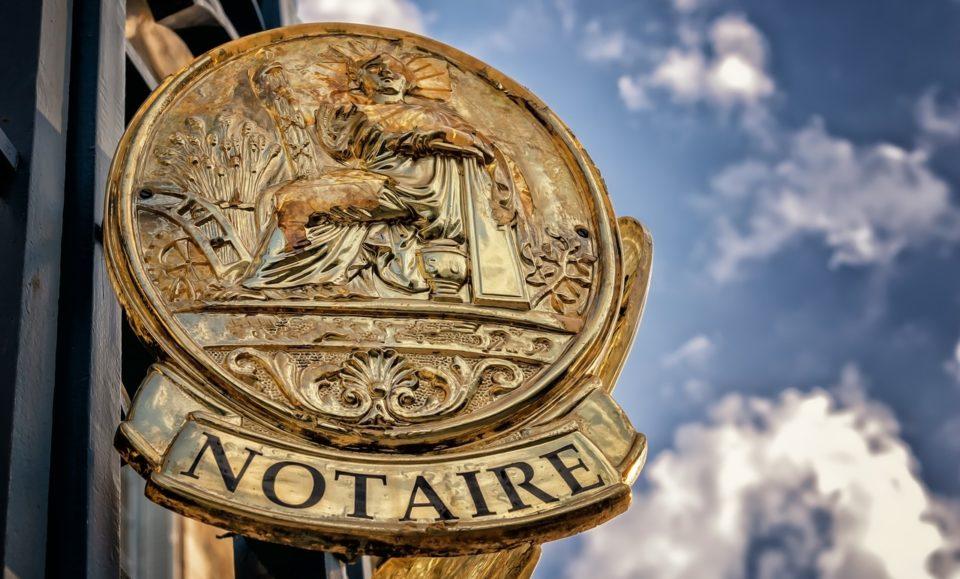 Услуги нотариуса при покупке недорогой недвижимости в Италии больше не понадобятся?