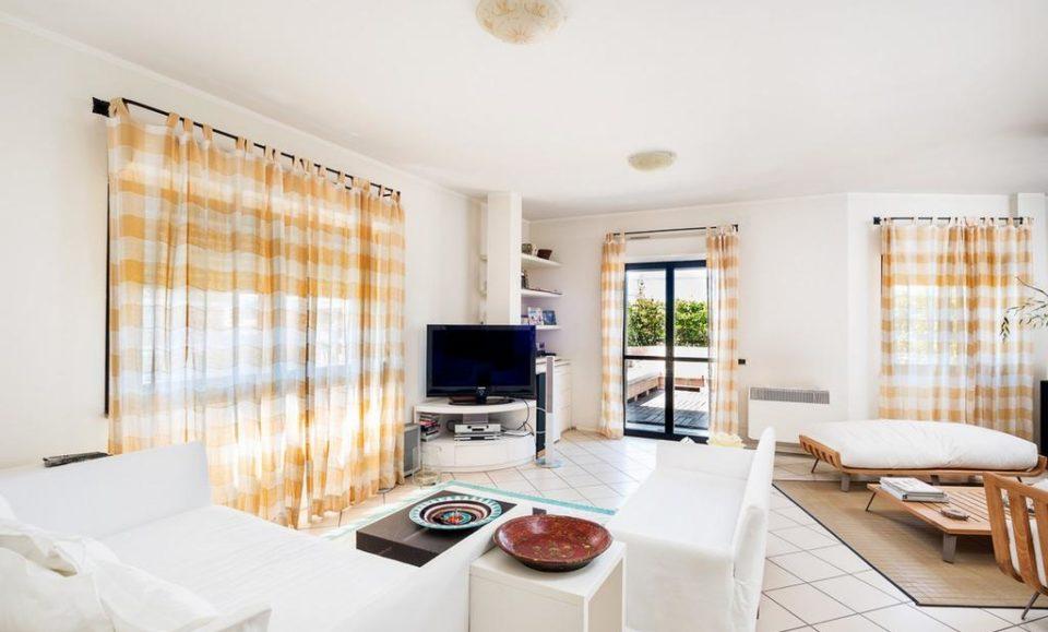 Апартамент в центре города Неттуно, Рим