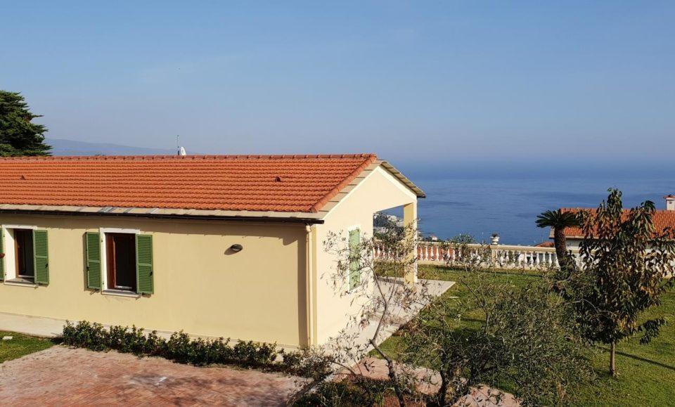 Виллетта на две семьи с удивительным видом на море в Анцио Рим