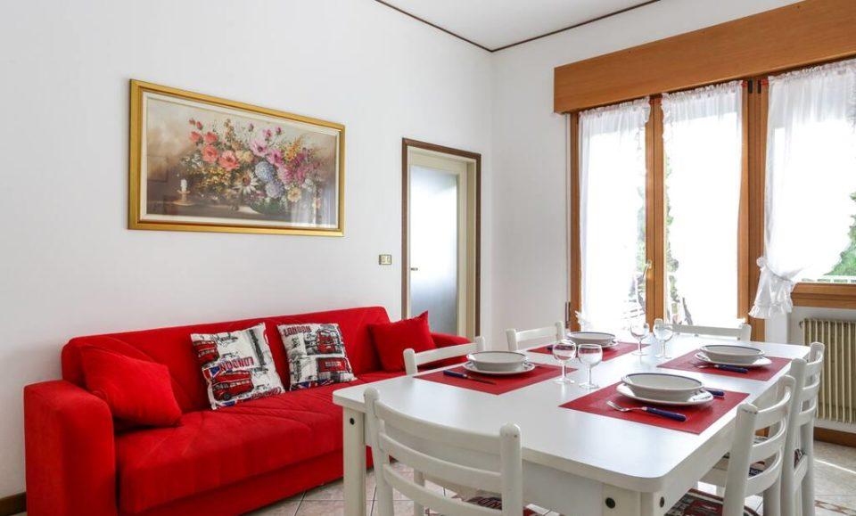 Двухкомнатная квартира в центре Лидо ди Езоло, Венеция, Италия