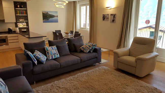 Новые апартаменты на озере Комо в небольшом комплексе