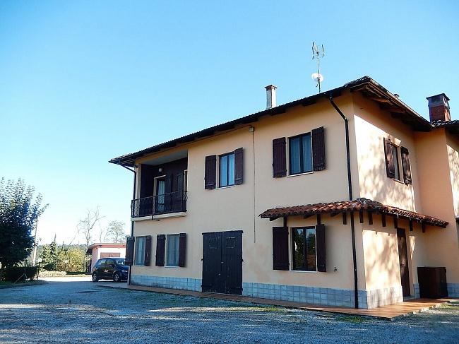 Вилла в Фоссано (Пьемонт)
